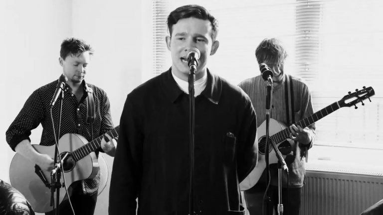 Disorder TV Session – The Carnabys perform 'Peaches & Bleach' & 'Elizabeth'.